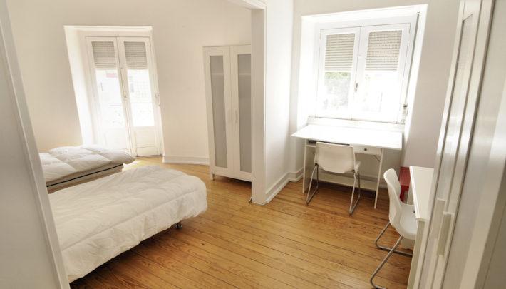 room COIMBRA