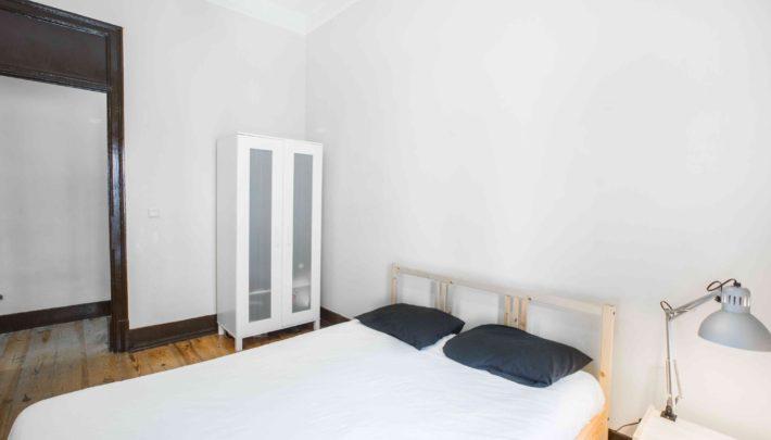 Room CARCAVELOS