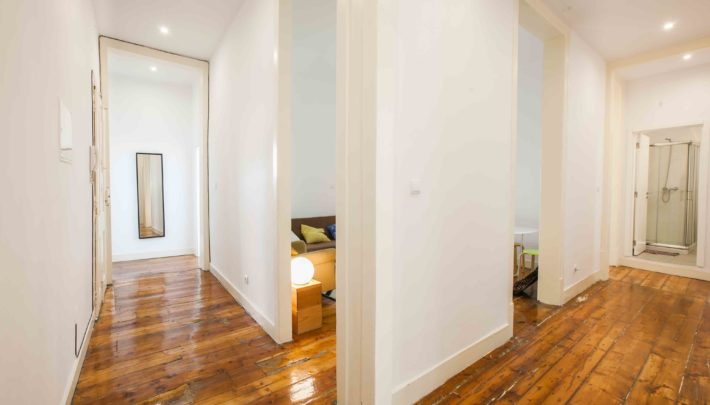 Hallway_Living Room